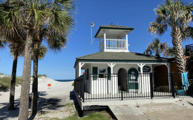 Picture of Lifeguard Station at Atlantic blvd beach access in Neptune Beach